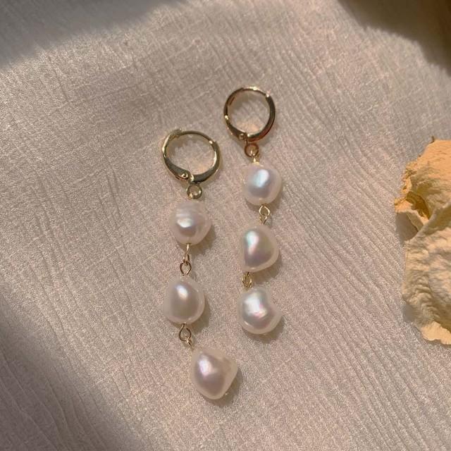 ピアス 耳飾り アクセサリー 日常 撮影 大人気 おしゃれ オリジナル 気質良い シンプル バロック真珠
