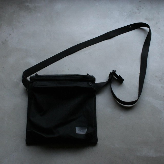 VAINL ARCHIVE CONNECTED  PORTER / Shoulder bag