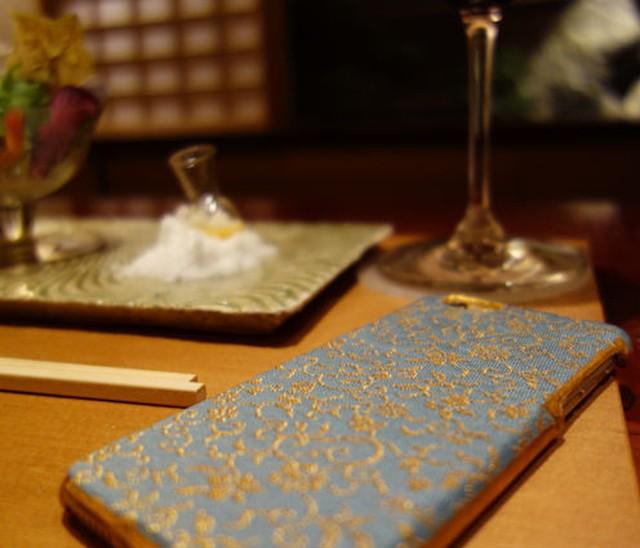 西陣織スマホケース/金襴柄【対応機種:iphone7/8】