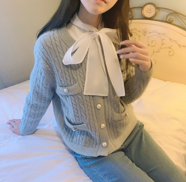 【即納】breast perl cardigan(Sax)