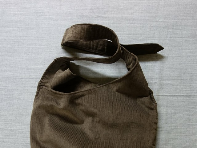 farmers shoulder bag / antique-brown