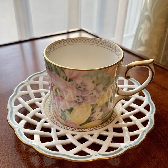 ナルミ(NARUMI)メッシュコーヒーカップ&ソーサー #46