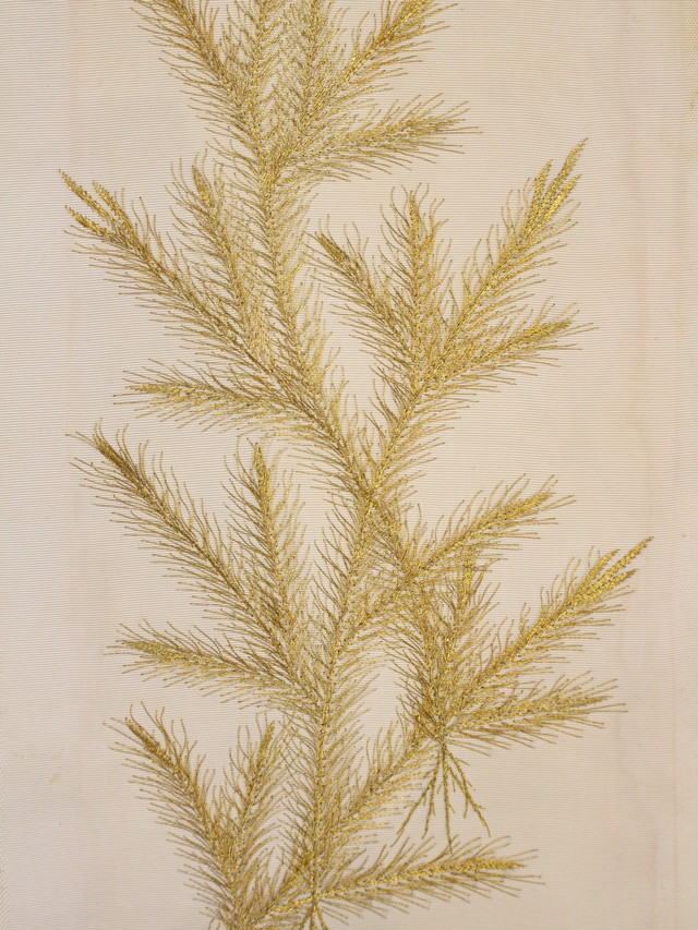 松 金糸刺繍半襟
