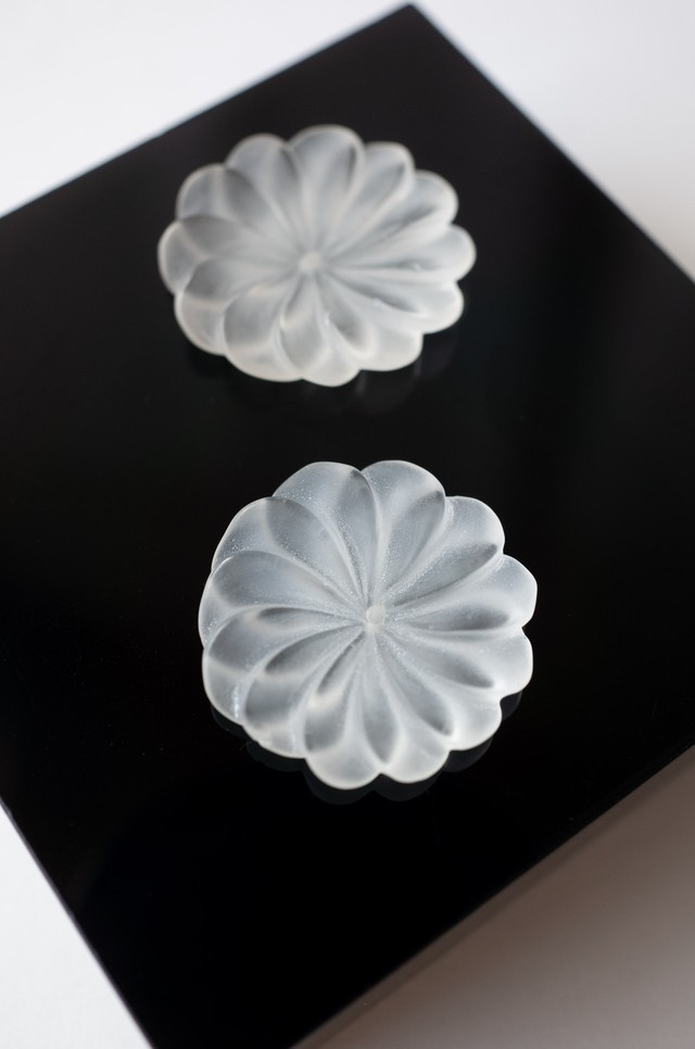 Flower Carving Quartz - Pair