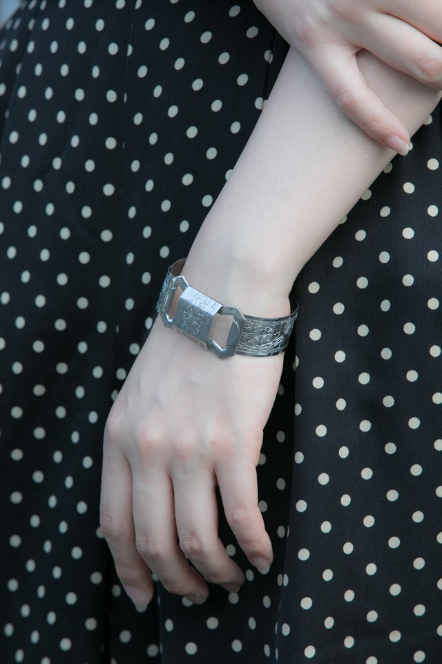 【Run Rabbit Run Vintage 】Silver color wide bangle