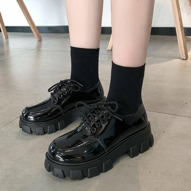 【送料無料】 厚底で脚長効果♡ 厚底 オックスフォード レースアップ ローファー エナメル 靴