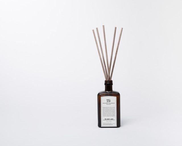 REED DIFFUSER / The Quiet Light