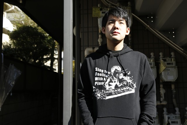 THE PIANO WARRIOR Tシャツ