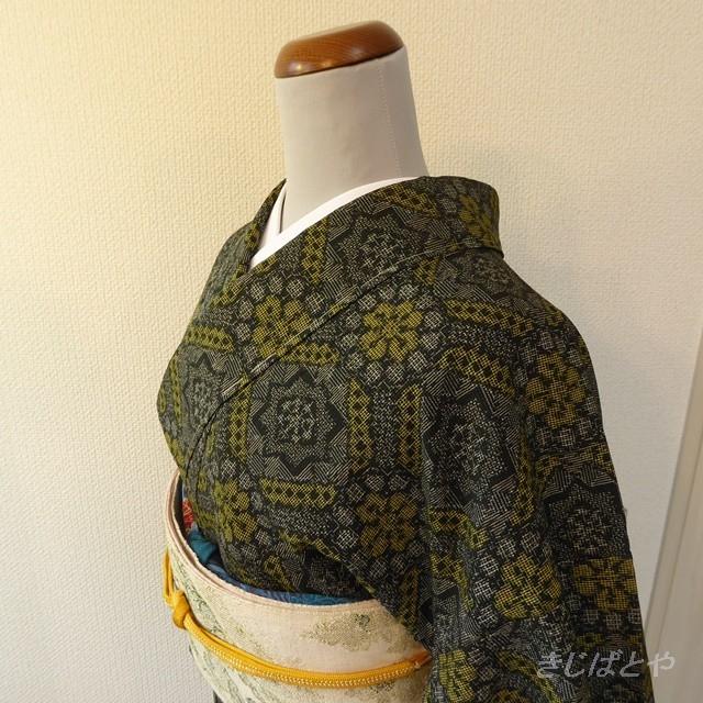 正絹塩沢紬 黒と黄の小紋 袷