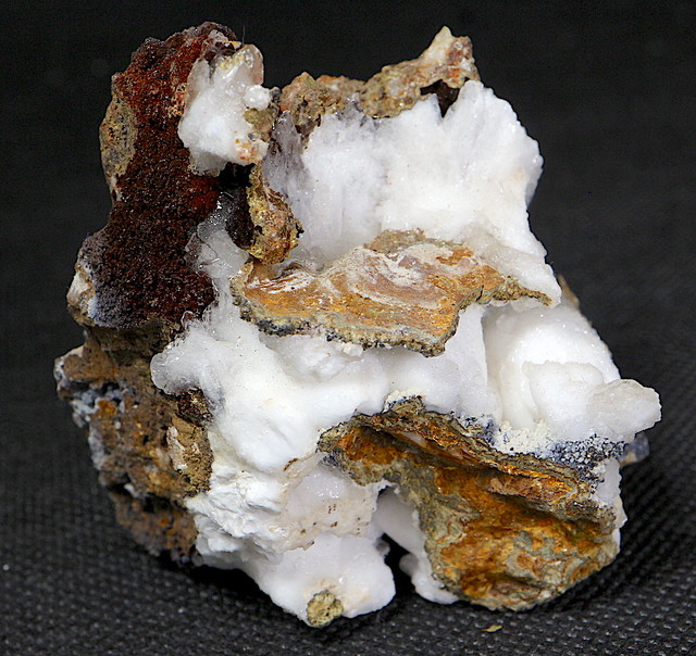 カルサイト カリフォルニア州産 118,4g CAL015 原石 天然石 鉱物 パワーストーン