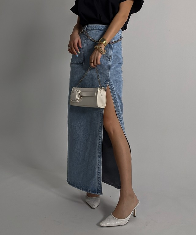 Side slit denim skirt