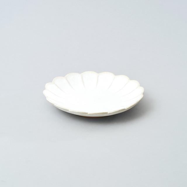 輪花小皿 15.5cm  (パール釉)
