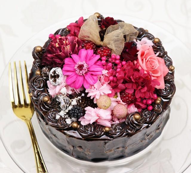 陶器のデコレーションケーキ「とろける愛」チョコレートケーキ大(6号サイズ)