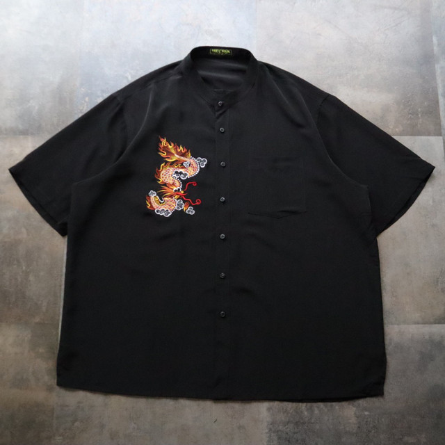 Dragon embroidery black shirt