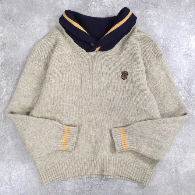 neck design wool sweater