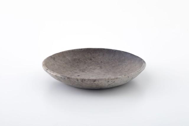 皿:02 / 田中太郎