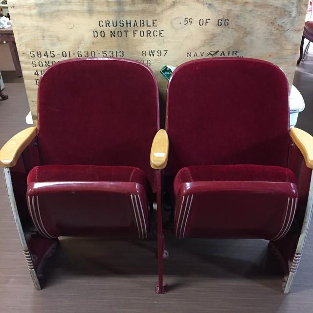 品番0034 2シーター シネマチェア シネマ椅子 ディスプレイ アンティーク 011