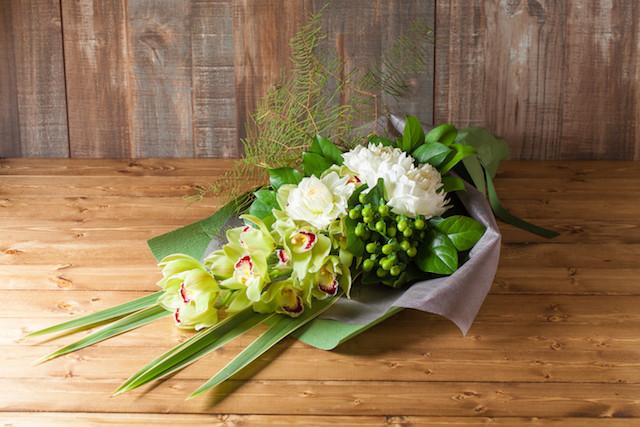 【プレゼントにぴったり】花束/ロングタイプ(ホワイト&グリーン系)