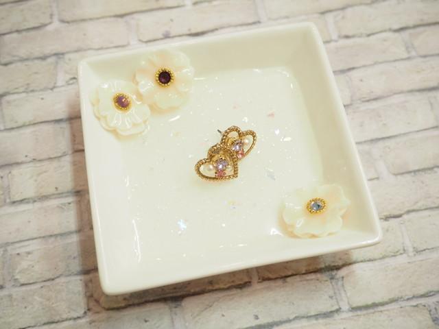 【福袋】チタンピアスとお花のトレイセット by mama'c deco