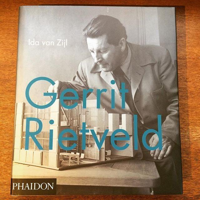 デザインの本「Gerrit Rietveld」 - メイン画像