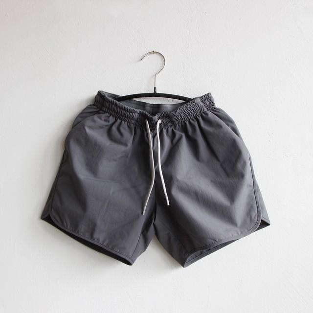 《MOUNTEN. 2021SS》board shorts / charcoal / 95-140cm