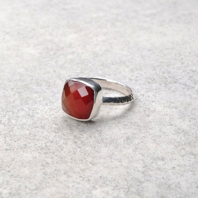 SINGLE STONE NON-ADJUSTABLE RING 093