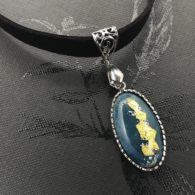 金箔 楕円チョーカー | 水青