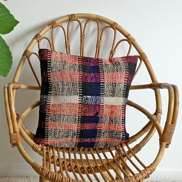 手織り キリム クッション 小 C015