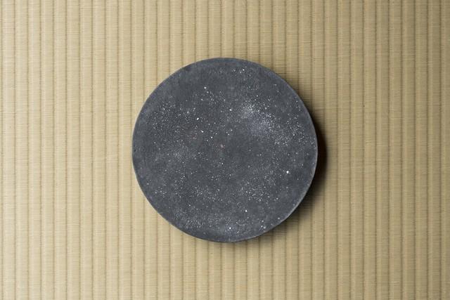 黒土丸皿 / 大森健司