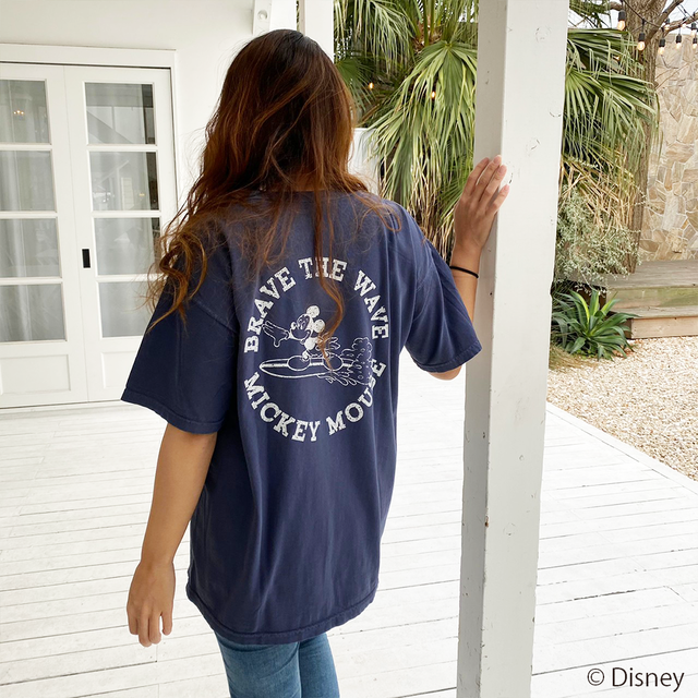 BRAVE THE WAVE <MICKEY MOUSE> Tee - Navy