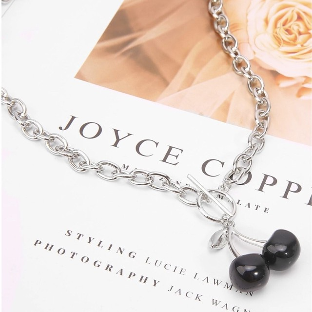 Cherry  Charm Toggle Necklace 【BLACK】