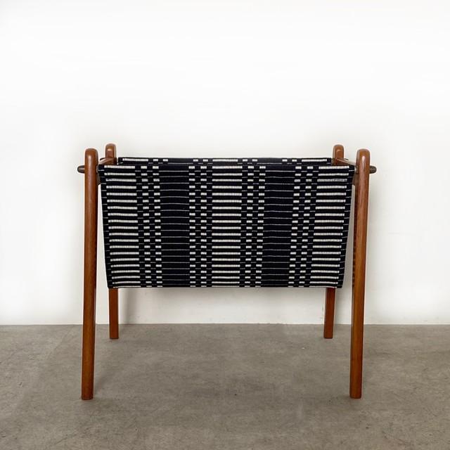 Magazine rack with Johanna Gullichsen / OH020
