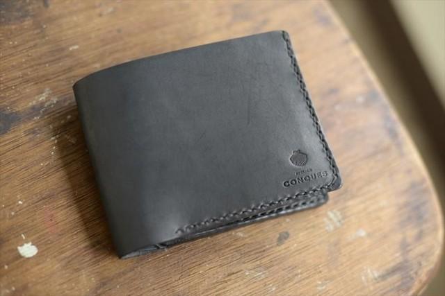 コンクの二つ折り財布黒 001