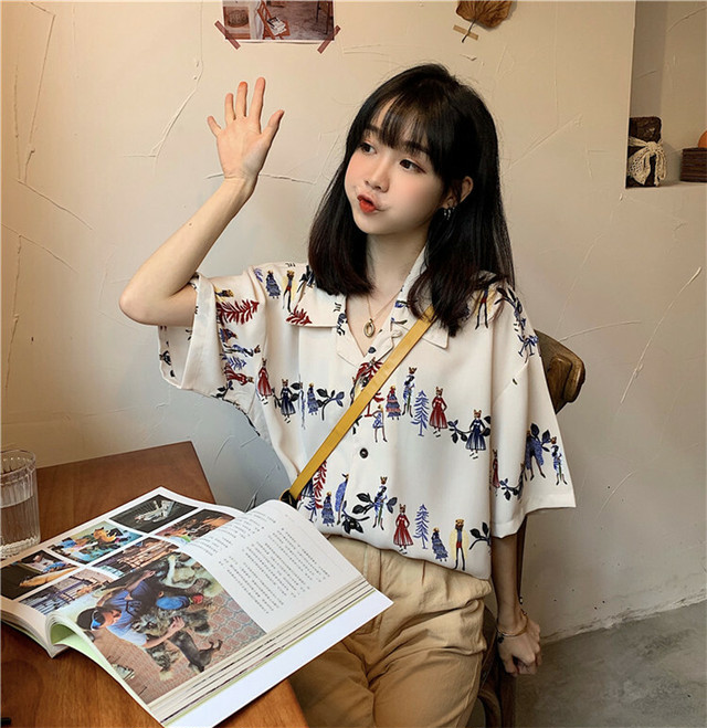 レトロ風カジュアルプリント半袖シャツ