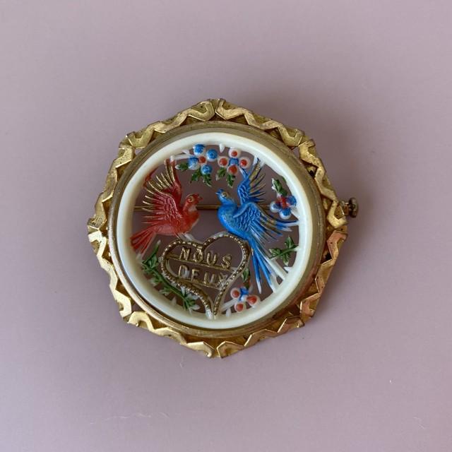France セルロイド二羽の小鳥ブローチ / ac0088