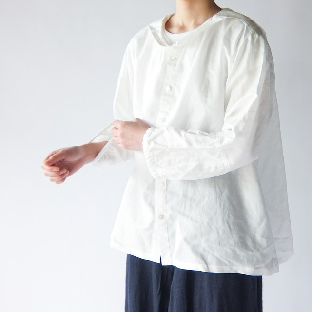 Vlas Blomme - Light Cotton Ramie セーラーカラーブラウス - Off White