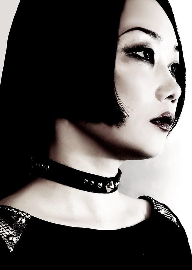 "black leather choker ""Eiwaz"" レザーチョーカー エイワズ"