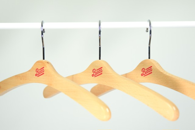 LOGO HANGER 3Packs