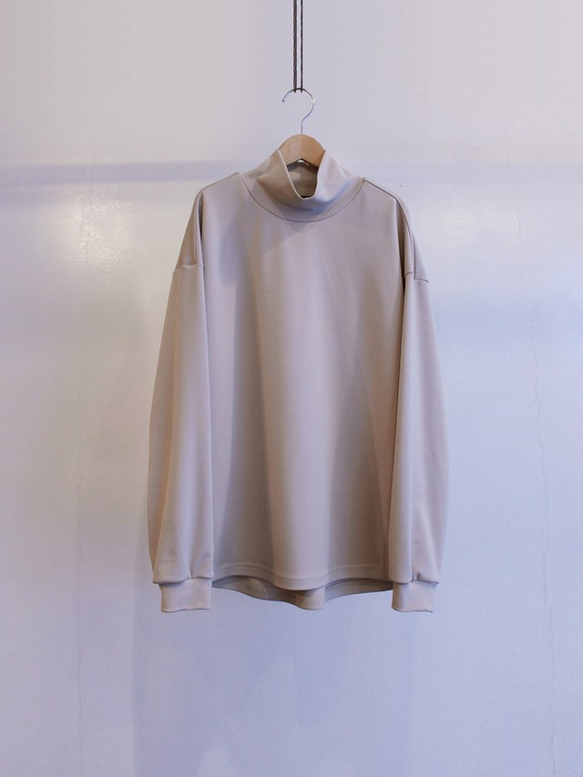 Garage.U.W Exclusive Reciprocity UV Ponte Roma BLADE TURTLE NECK BEIGE