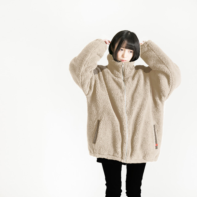 Sheep Bore Jacket Beige