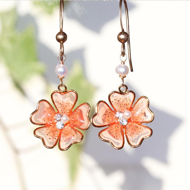 【 Cupid 】キューピッド ☆ K14gf ピンクオレンジフラワー & 淡水パールのハンドメイド・天然石ピアス