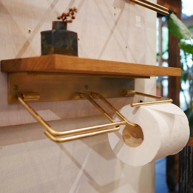 棚板付き真鍮のトイレットペーパーホルダー(ダブル)