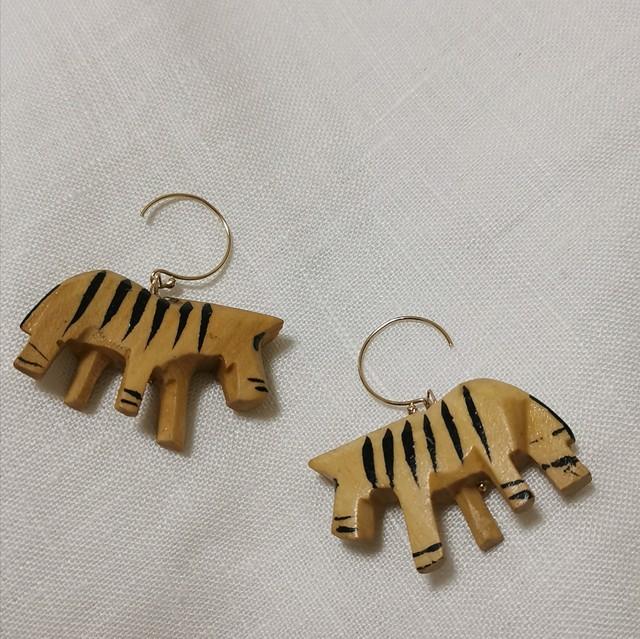 Zebra 14kgf earrings