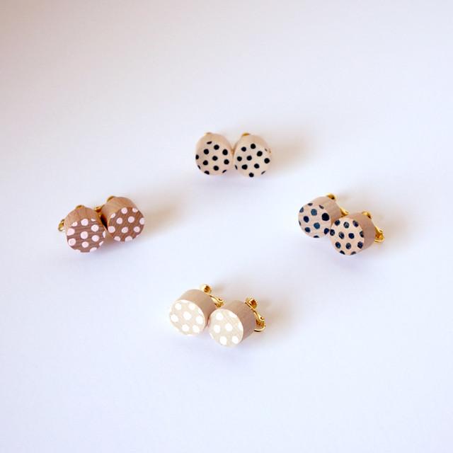rondo earring - dot ( ブラック / ピンク )
