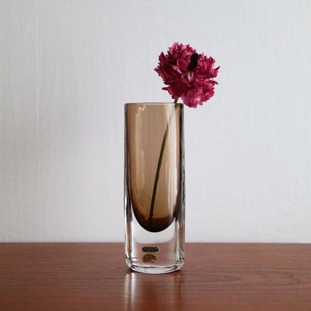 Smalandshyttan / スウェーデン ガラス フラワーベース ブラウン