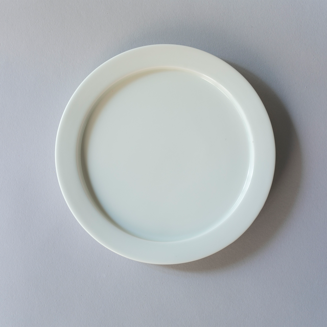 IWANAGA TABLEWARE  Sweets Plate (S) 【白】
