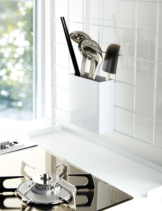 キッチンをスタイリッシュに!!メッシュキッチンパネルスタンド用ツールボックス
