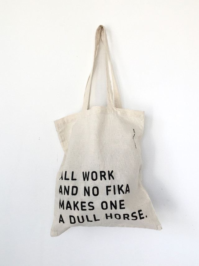 "ユーズドのトートバッグ「FIKA LONDON」|Used Tote Bag ""FIKA LONDON"""