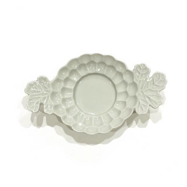 ユスバイ  菊葉型小皿