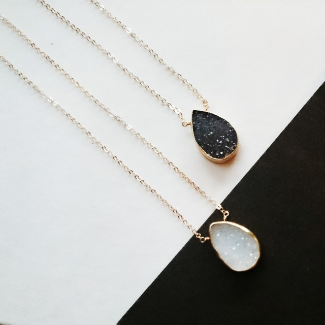 送料無料 14kgf*monotone Druzy quartz necklace